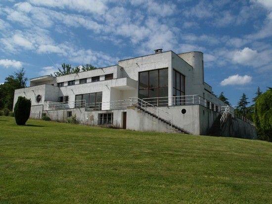 une villa futuriste