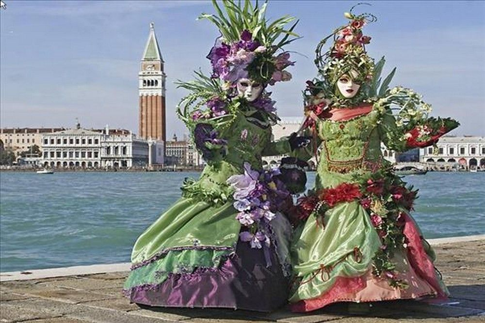 Venice Carnaval Twnr47pp